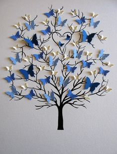 Butterfly tree craft gifts for grandparents Family Tree of Butterflies in YOUR Choice of Colors for Each Generation / Personalized with Fa Butterfly Tree, Butterfly Crafts, Butterfly Wall Art, Butterfly Family, Butterfly Mobile, Origami Butterfly, Butterfly Decorations, Butterfly Painting, Diy Home Crafts