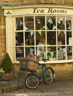 Tea Rooms, Cotswolds. Ok, maybe we won't go here to take tea today, perhaps somewhere local instead...right then, Sherwood Forest it is!