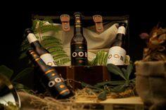 """Emprendimiento venezolano en España. Has pensado en un regalo para día de reyes original artesano y de calidad? Aquí lo tienes regala un 4 pack de cervezas artesanas OOB """"Our Own Beer"""". OOB es una forma diferente de ver las cosas y entender la vida pero sobre todo de saborearla para nosotros OOB es """"Nuestra propia Cerveza"""" algo que se puede resumir en una sola palabra: Amor una idea una ciudad que nos enamoro actitud ante la vida brindar apoyo social l compartir disfrutar y sonreír !Todo…"""