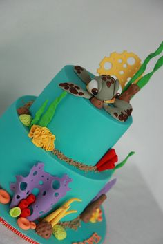 Squirting from Finding Nemo Gorgeous Cakes, Pretty Cakes, Fondant Cakes, Cupcake Cakes, Finding Nemo Cake, Sea Cakes, Cool Cake Designs, Disney Cakes, Cute Cupcakes