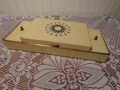 Vintage Ivory Leatherette Jewelry Box - Atomic Starburst Jewelry Box  -  15-603 by BubbiesMemories on Etsy https://www.etsy.com/listing/248317072/vintage-ivory-leatherette-jewelry-box