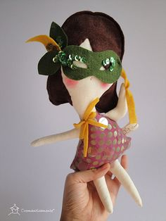 Cromanticamente handmade European dolls on Etsy - see more at www.SmallforBig.com #dolls #handmade #etsy