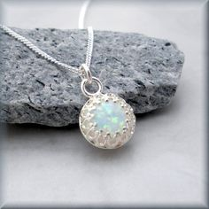 14 DIY ideas for your garden decoration 9 Opal necklace Fire