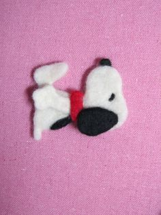 Needle Felted Snoopy Pin - pinned by pin4etsy.com