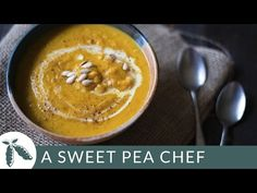 Get all the deep flavors and sweetness from roasting butternut squash in this delicious and easy roasted Butternut Squash Bisque recipe. This roasted buttern. Easy Squash Recipes, Soup Recipes, Cooking Recipes, Recipies, Cooking Videos, Cooking Tips, Dinner Recipes, Butternut Squash Bisque Recipe, Roasted Butternut Squash