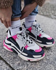 Balenciaga Look Alikes & Get The Iconic Triple S Dupe For Cheap! If you& looking for the best Balenciaga dupes like the Triple S & Speed Trainer without spending ridiculous amounts of money, this post is. Moda Sneakers, Sneakers Mode, Sneakers Fashion, Fashion Shoes, Shoes Sneakers, Sneakers Style, Nike Fashion, Fashion Goth, Balenciaga Sneakers