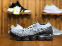 2018 Nike Air Vapormax Flyknit Mens Athletic Shoes Gray 849558-012 Mens Nike Air, Nike Air Vapormax, All Black Sneakers, Sneakers Nike, Army Green, Running Shoes, Athletic Shoes, Kicks, Gray