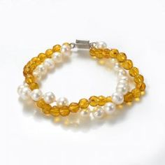 A beautiful classic design, handmade with round faceted yellow crystals and white freshwater pearls, Beautifully finished with a silver plated copper clasp. Freshwater Pearl Bracelet, White Freshwater Pearl, Pearl Jewelry, Pearl White, Beaded Bracelets, Wholesale Jewelry, Wholesale Fashion, Crystal Beads, Crystals
