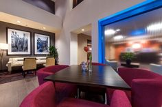 I really can't express how much of a pleasure it was to shoot this property. The new look of Hampton Inn is truly impressive. This is the lobby and common area of the new Hampton Inn & Suites Tempe ASU. Shot for Hilton Worldwide. Photo by Brad Anderson and Architecturalphotographyinc.com. #architecturalphotography #hotel photography #hamptoninn