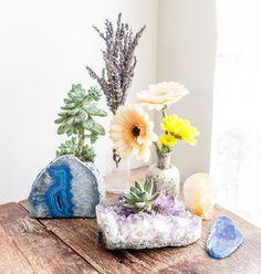 decoração com pedras na mesa