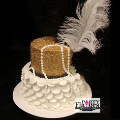 Great Gatsby Birthday Cake   Gold and White Pedals