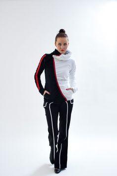 ASYMETRIE ČB Asymetrická mikina v čierno-bielom prevedení s červenými prvkami...všetky velkosti