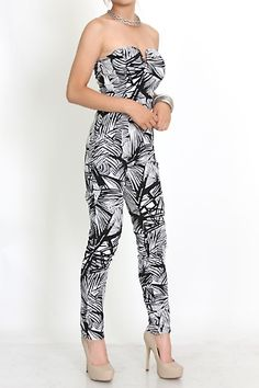 This is Hot !!!  Trendy #clubwear abstract print wire v-bar boning strapless @divasego