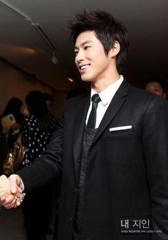 #U-know #Yunho #TVXQ future president of SM Entertainment