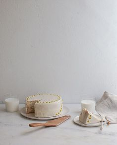 This fluffy (yet complex-tasting!) cake starts with chamomile leaves steeped in milk and ends with salt-touched honey frosting.