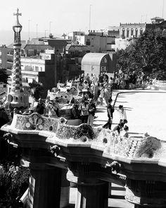 Resaca post-viaje  #parcguell #bcn #spain #byn #stylized #photography #travelgram #catalonia #españa #may #mayo #spring #europa #wanderlust #viajaresvida
