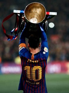 Only 1 🏆 this year But WE will comeback stronger 💪 We need an update , think about the Saison and get back to our Style. Lionel Messi, Cr7 Vs Messi, Messi Fans, Messi Soccer, Messi And Ronaldo, Messi 10, Neymar, Football Quotes, Football Stuff