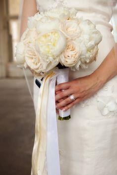 bride bouquet love the ribbon
