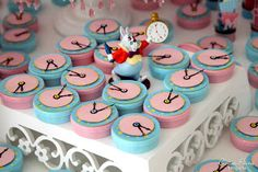 Scrap By Cintia Paiva: Birthday Manuela 10 years (Provencal Decoration Alice in Wonderland)