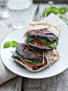 """Gluten Free Sandwiches - Recipes for Sandwiches Without Bread: Portabella and Halloumi """"Burger""""*Replace cheese with herb tofu"""