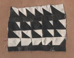 Lunar sketch quilt, via The Wide Prospect (Suzanne Sullivan) Textures Patterns, Print Patterns, Arts And Crafts, Diy Crafts, Textiles, 3d Drawings, Color Shapes, Fabric Art, Quilt Making