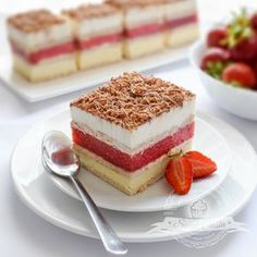 Goat Cheese Cake with Hazelnut, Easy and Cheap - Clean Eating Snacks No Bake Desserts, Dessert Recipes, Cake Recept, Cheap Clean Eating, Salty Cake, Polish Recipes, Eclairs, Savoury Cake, Mini Cakes