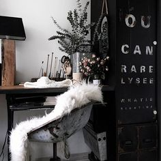 instagram lavien_home_decor Work place,industrial style