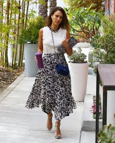 Jessica Alba Heads to Her Honest Company Office ....cute skirt and top combo :) :) :) :D