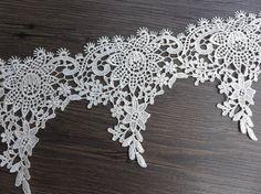 Ivory Floral Lace Beautiful Venise Lace Trim by prettylaceshop