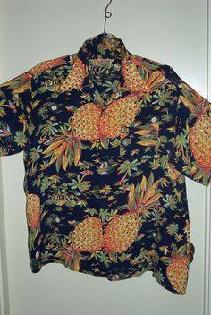 RARE VINTAGE 1940'S SILKY RAYON Black Pineapple Print HAWAIIAN Aloha SHIRT
