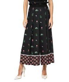 14 Υπέροχες ζιπ κιλότ για να ξεχωρίσεις το καλοκαίρι! | ediva.gr  14 Προτάσεις για καλοκαιρινές ζιπ κιλότ που θα κλέψουν τις εντυπώσεις! Πολύχρωμες ζιπ κιλότ Women's Trousers, Midi Skirt, Skirts, Fashion, Moda, Midi Skirts, Fashion Styles, Skirt