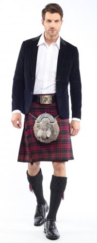 What makes a great gift for him on Christmas? A kilt