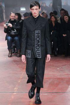 Alexander McQueen, Look #1