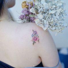 Floral back shoulder piece by Mini Lau