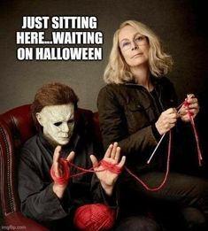 Family Halloween Costumes, Halloween Horror, Fall Halloween, Halloween Stuff, Halloween Countdown, Happy Halloween Quotes, Funny Horror, Horror Movies, Films