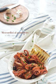 Moscardini al pomodoro e olive nere