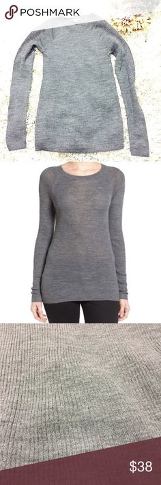 Halogen Lightweight Top Heather grey lightweight ribbed knit blended with merino wool top. Size small. Slightly sheer. 50% acrylic, 50% merino wool. Feel free to ask questions! 💖 Halogen Tops Tees - Long Sleeve