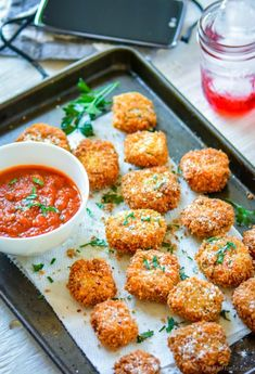 Lasagna Bites - deep fried crispy lasagna pieces with marinara sauce. A delicious and easy appetizer to serve for movie or game night! Movie Night Snacks, Movie Nights, Game Night, Lasagna Bites, Fried Lasagna, Food Diary, Italian Recipes, Dinner Recipes, Food Porn