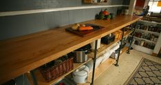 A quick, easy DIY industrial chic black pipe and maple kitchen counter.