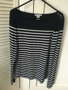 Girls/women's H&M Navy & White Striped Top Size Medium (Long Sleeved) Black Short Sleeve Tops, Long Sleeve Tops, Dark Blue Shirt, Navy Women, Navy And White, Medium Long, Jumper, Street Hijab, Size 10