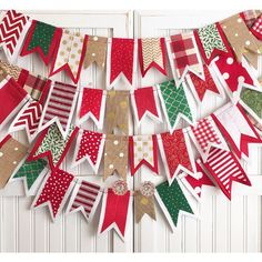 Made-To-Order * Christmas * Fabric, Felt & Burlap Banner Bunting in Red, Green, White, Gold ~ Holiday, Party, Decor, Photography, Mantel