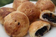 Ruth's Eccles Cakes to enjoy with Heston's potted stilton!