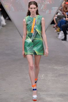 Fyodor Golan womenswear, spring/summer 2015, London Fashion Week 2015 Trend : Jungle Style www.houseandleisure.co.za