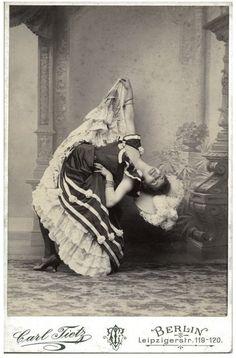 Nini Pattes-en-l'air, la Sauterelle, Grille d'Egout and in front of them, la Goulue, in the Moulin-Rouge. Paris I've been doing a lot o. Vintage Photos Women, Vintage Images, Old Pictures, Old Photos, Moulin Rouge Dancers, Seductive Dance, Folies Bergeres, Saloon Girls, Ziegfeld Follies