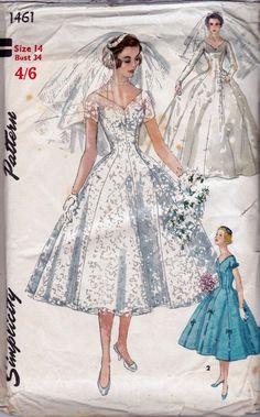 1950s Princess Styled Wedding Dress Pattern with Bridesmaids dress Veil and Head Dress Simplicity 1461