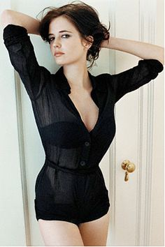 At the Movies: Eva GreenYou can find Eva green and more on our website.At the Movies: Eva Green Beautiful Celebrities, Most Beautiful Women, Beautiful People, Actress Eva Green, Bond Girls, Actrices Hollywood, French Actress, Up Girl, Sensual