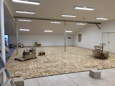 200m2 teak gulv indendørs i Havemøbelland Helsinge