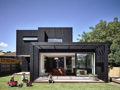 Completed in 2015 in Melbourne, Australia. Images by Derek Swalwell . Located in Northcote, Garth was once a dilapidated nineteenth century Italianate Victorian masonry dwelling who has since been restored and added to...