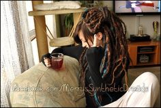Anna <3 Merry's Synthetic Dreads <3 love this... wondering if I should leave bangs this time