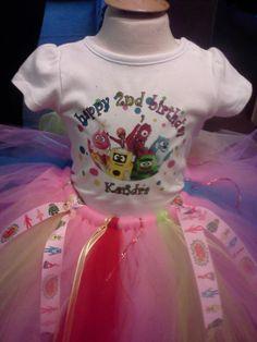 personalized yo gabba gabba tutu outfit w/ ribbon added